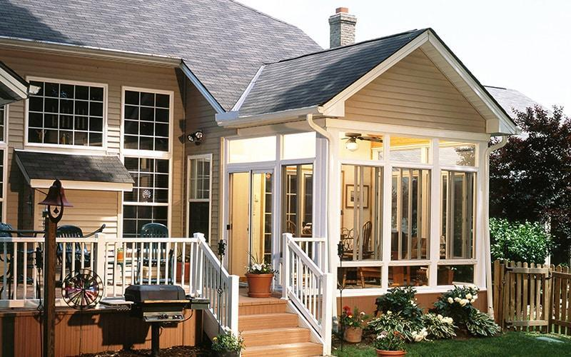 Sunrooms smallwood renovations llc for Screen room addition plans