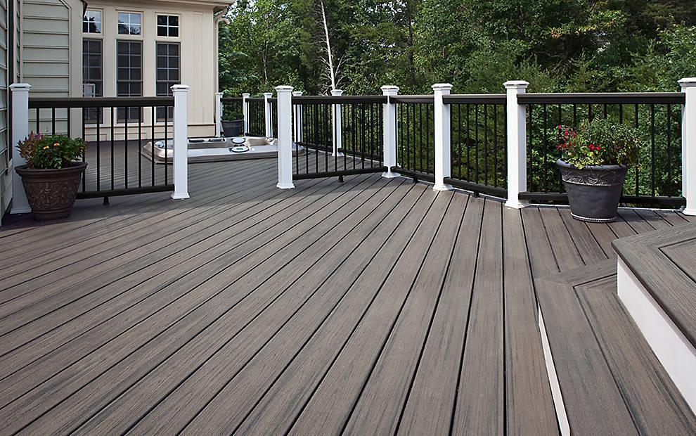 transcend-decking-island-mist-low-angle-cocktail-rail